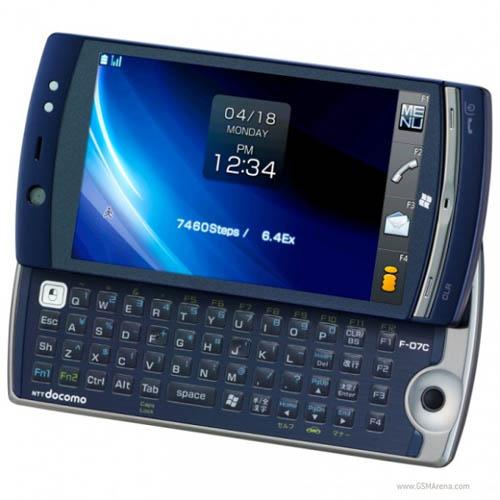 Гибридный гаджет Fujitsu Loox F-07C будет стоить $860